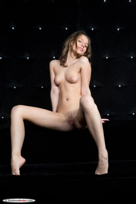 Nikia A Naked - Pictures Collection HClips 1